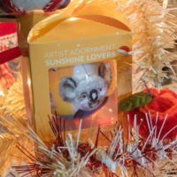 クリスマスツリーのシーズン・・今年はコアラ・カンガルーも参加!