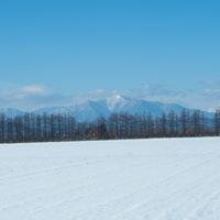 師走の中札内村の農村風景・・今年はちょっと雪が少ない?